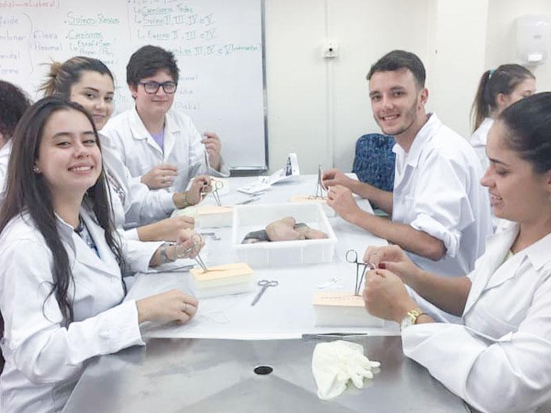 Curso De Aprimoramento Prático Mediúnico: Universidade De Araraquara